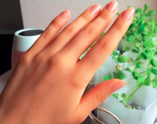 613_短い爪の指先.jpg